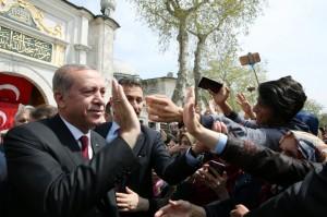 Erdogan greeting people in Istanbul