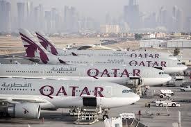Qatar Air planes in a row