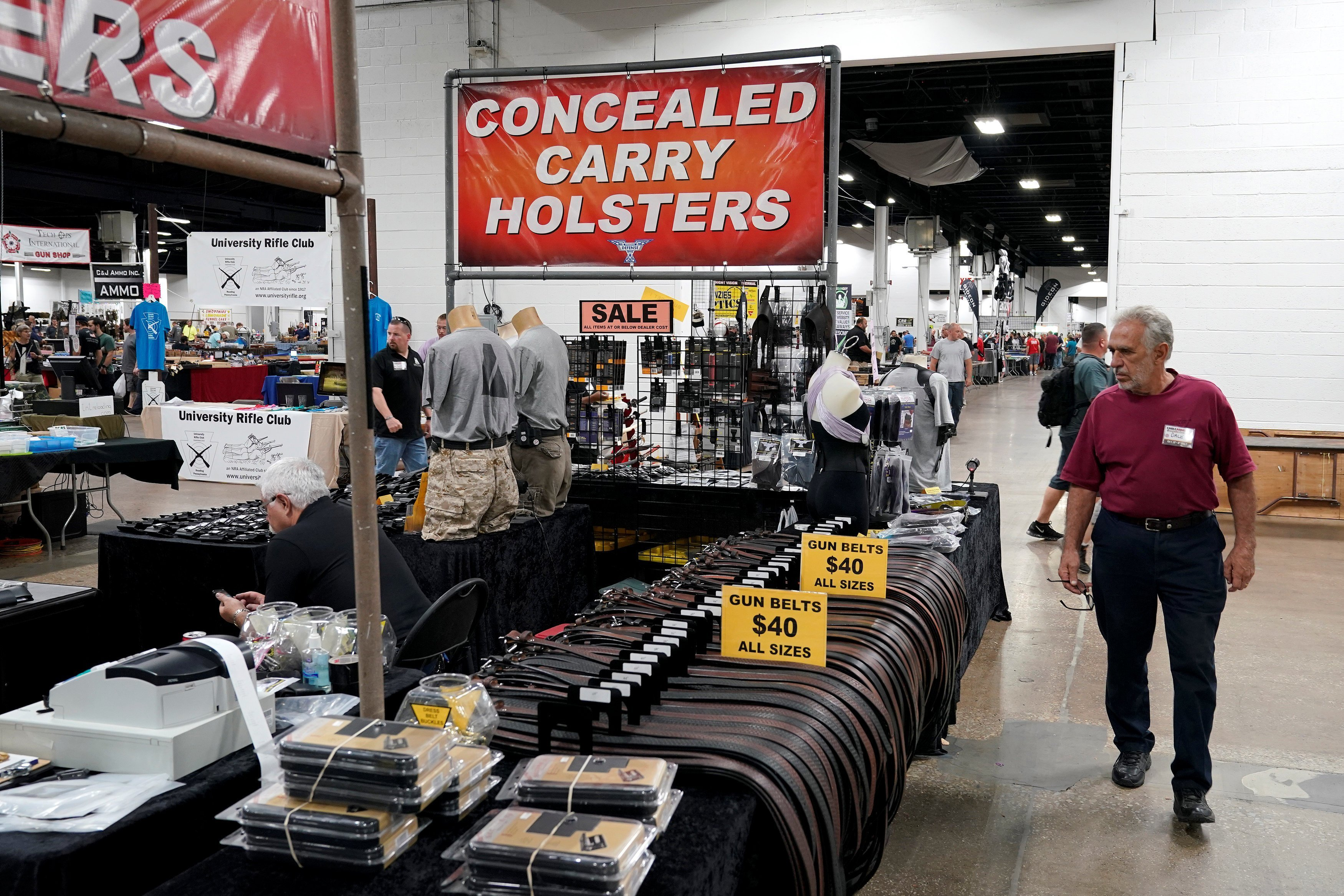 Gun show- concealed carry holsters